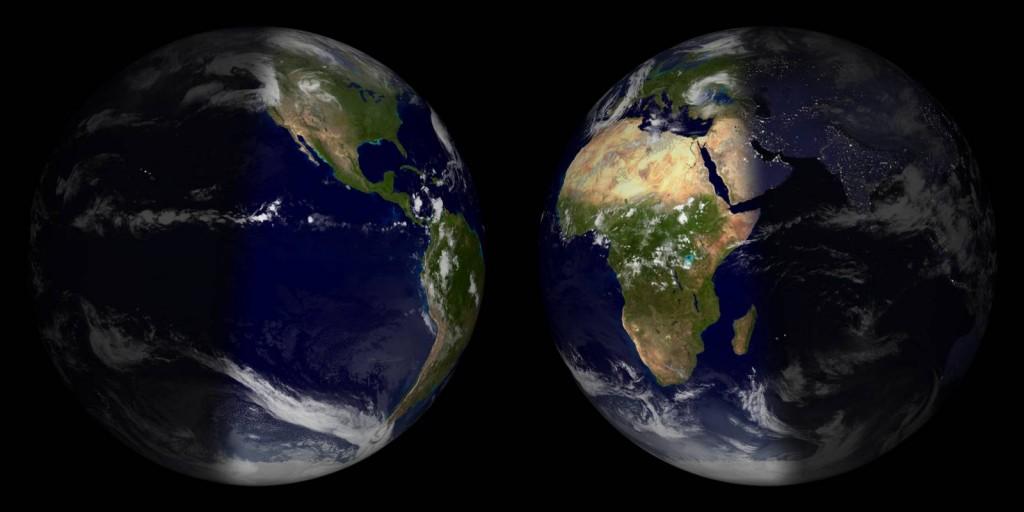 Das Endergebnis sieht z.B. so aus: Beide Halbschalen der Erde nebeneinander.
